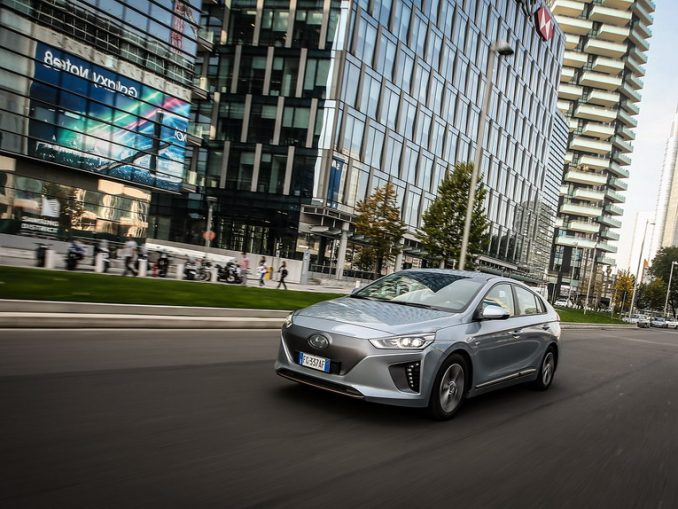 Hyundai IONIQ Electric, l'auto più efficiente d'Europa