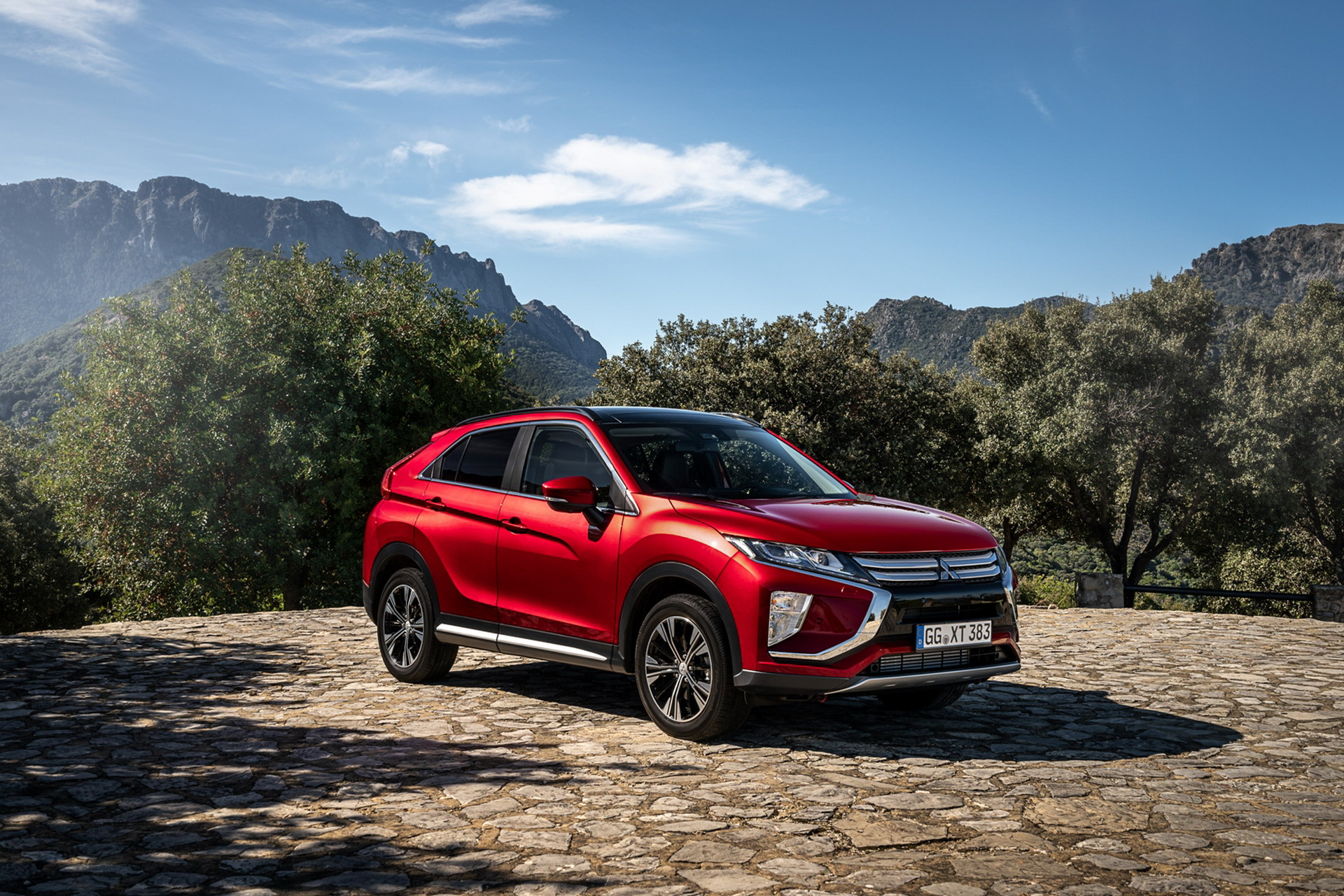 "Il Crossover Eclipse Cross si aggiudica il premio ""RJC Car of the Year 2019"""