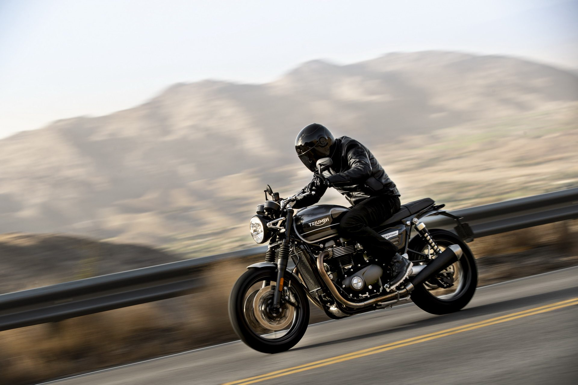 Nuova Triumph Speed Twin, rinasce la legenda inglese
