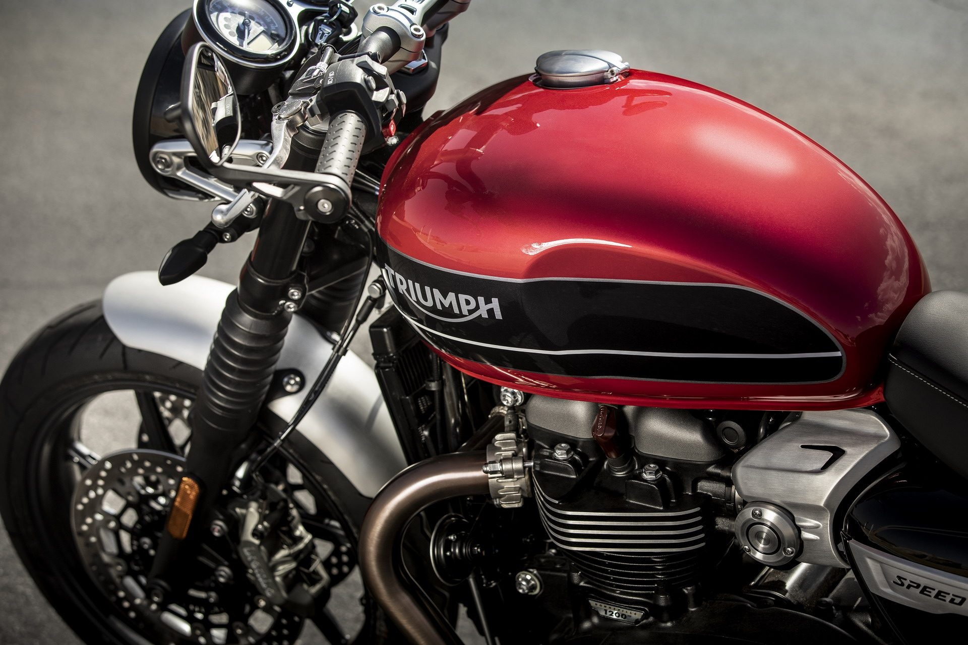 Nuova Triumph Speed Twin, motore potente per performance esaltanti