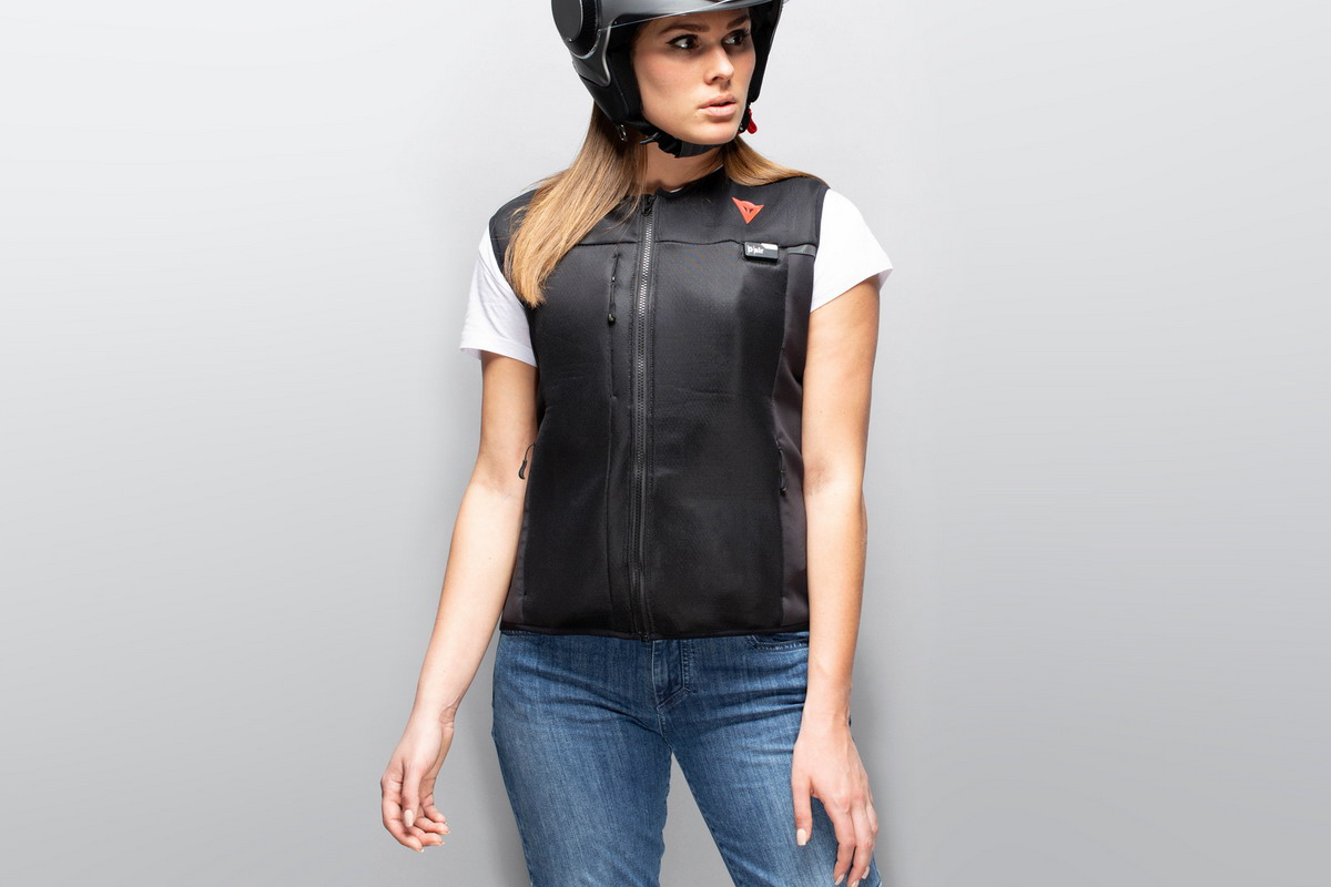 Dainese lancia Smart Jacket con tecnologia D-Air