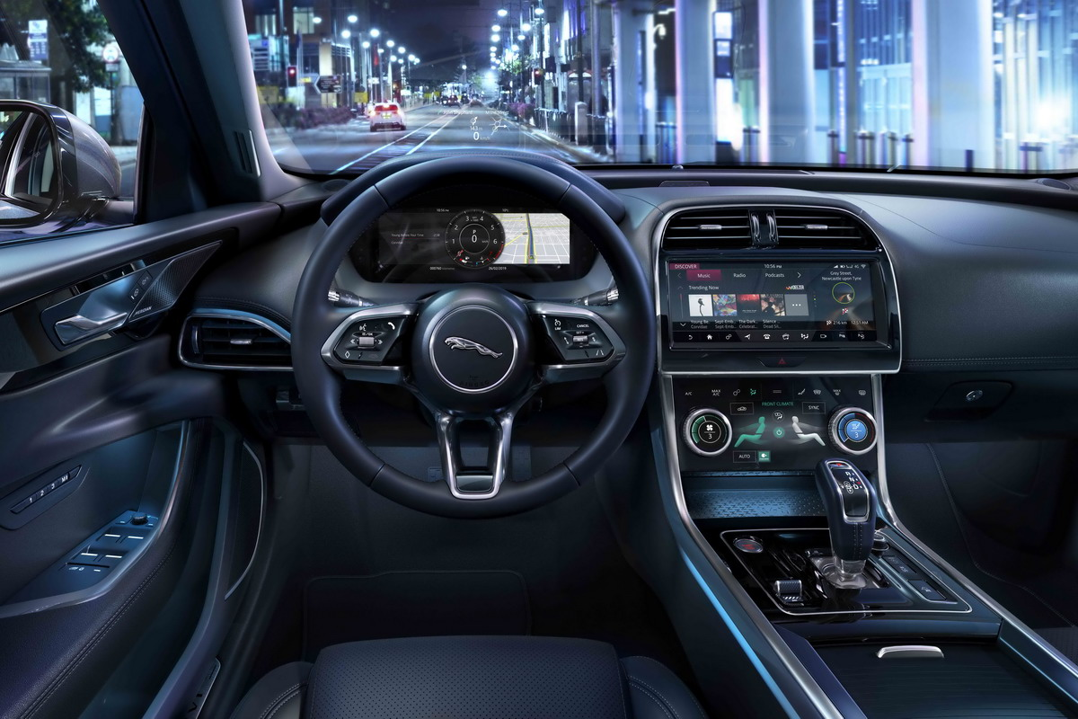 Jaguar Land Rover, il software Over The Air di serie su ogni nuovo modello