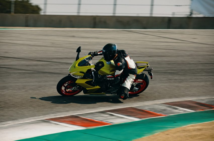 Aprilia RS 660: debutto californiano