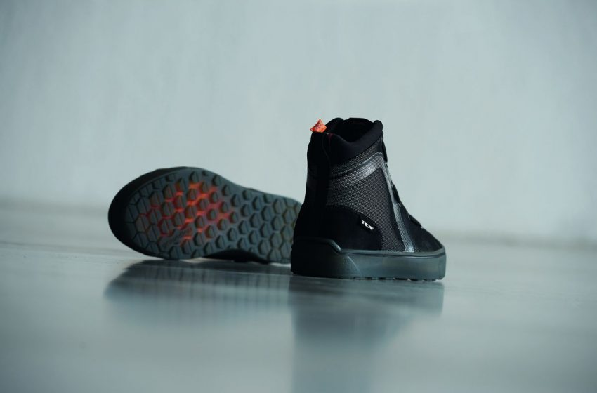 Firegun 3 WP, la linea tech sneaker di Momodesign